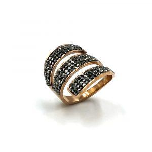 Δαχτυλίδι ατσάλι σε ροζ χρυσό με τρεις σειρές μαύρες πέτρες swarovski